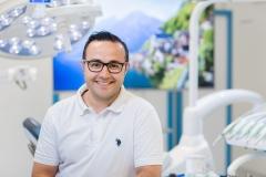 Zahnarzt Dr.med.dent. Muhlis Akarsu