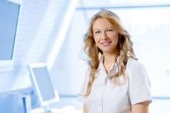 Dr. med.dent. Emina Kabil - Zahnärztin für mikroskopische Zahnheilkunde, Endodontie