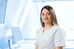 Zahnärztliche Assistentin Sena Selime Ayar, Praxis 1010 Wien