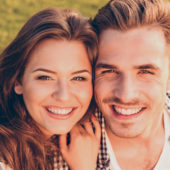 Aktuelle Empfehlungen zum Ausspülen nach dem Zähneputzen: Weniger ist mehr